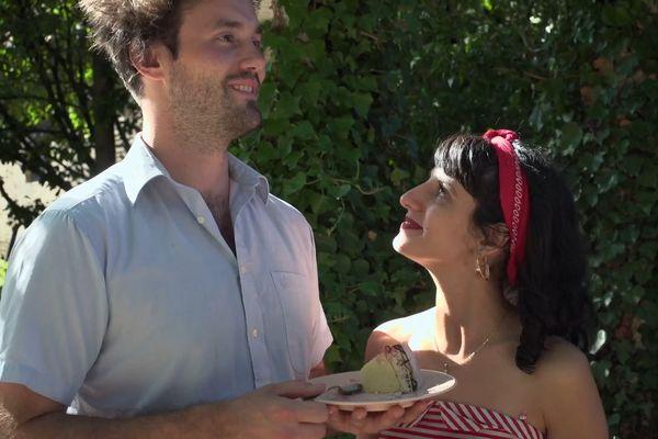 De Maxime ou de Débora, lequel des deux aime le plus l'autre ?