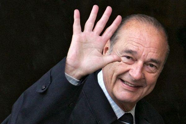 Le président de la République française Jacques Chirac lors d'un G8 à Saint-Pétersbourg, en Russie, le 17 juillet 2006