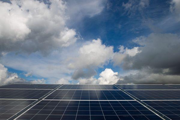 Panneaux solaires. Illustration