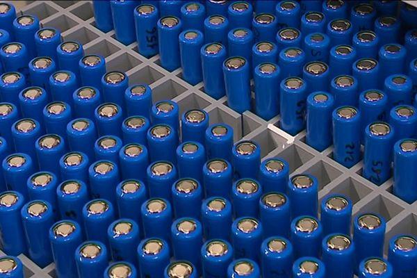 Des batteries produites pour la société Tiamat, hébergé comme le RS2E au sein du Hub de l'énergie d'Amiens, en janvier 2019 (photo d'illustration).