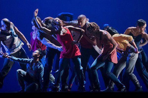 """La pièce """"Home"""" par la """"Alvin Ailey - American Dance Theater'"""