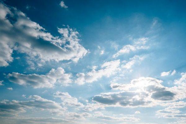 Le ciel est lumineux