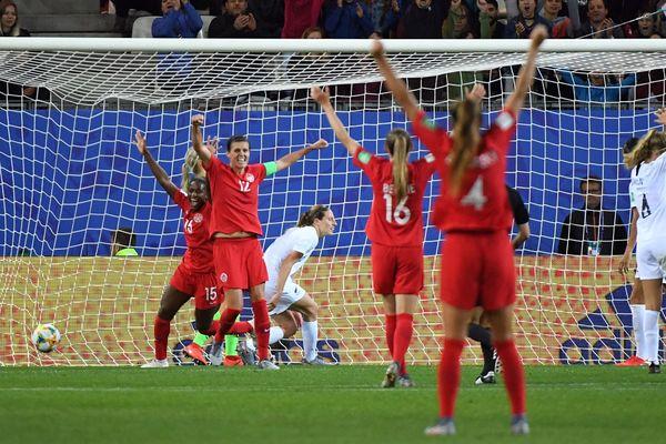 La Canada s'est imposé 2-0 face à la Nouvelle-Zélande, au stade des Alpes, samedi 15 juin.