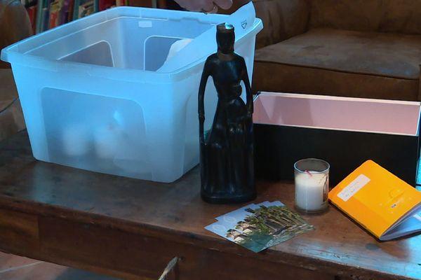Le kit prières mis à la disposition des paroissiens.