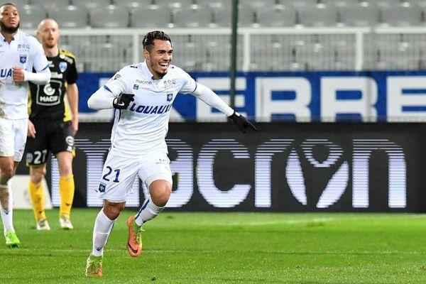 La joie de l'Auxerrois Jérémie Fulleringer après avoir marqué un but lors du match contre les Chamois Niortais mardi 26 janvier 2018 dans le cadre de 21e journée de Ligue 2.