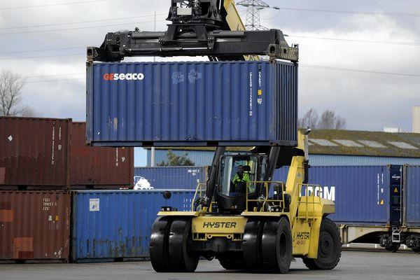 370.000 conteneurs transitent chaque année au Port autonome de Strasbourg.