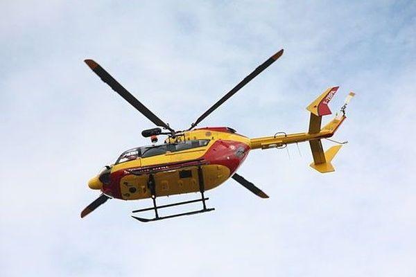 L'hélicoptère Dragon de la sécurité civile (Illustration).