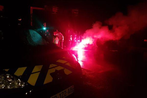 L'accès aux ferrys empêché par les manifestants contre la réforme des retraites à Ouistreham