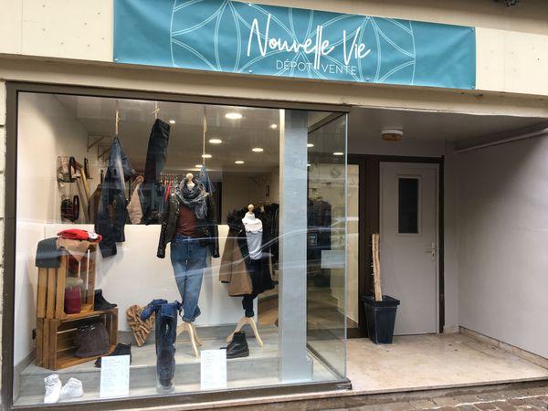 La boutique Nouvelle vie , rue Gambetta, dans le centre-ville de Sedan
