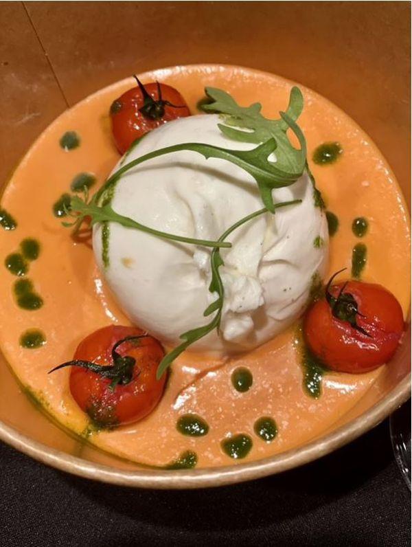 Burratta al Pomodoro