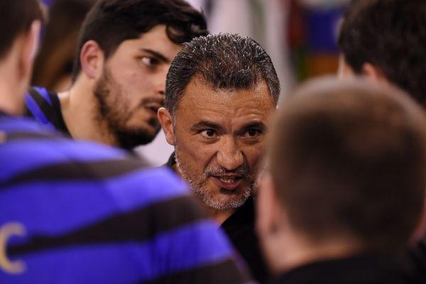 Le contrat de Patrick Cazal, à la tête de l'équipe professionnelle de l'USDK, a été prolongé jusqu'en 2020.