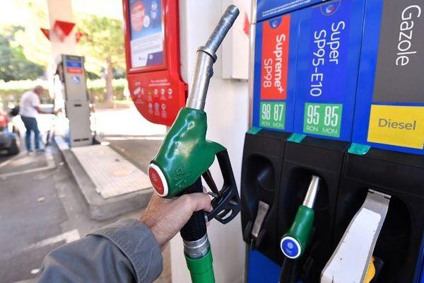 Les carburants, en Corse, sont en moyenne 6,5% plus chers qu'ailleurs.