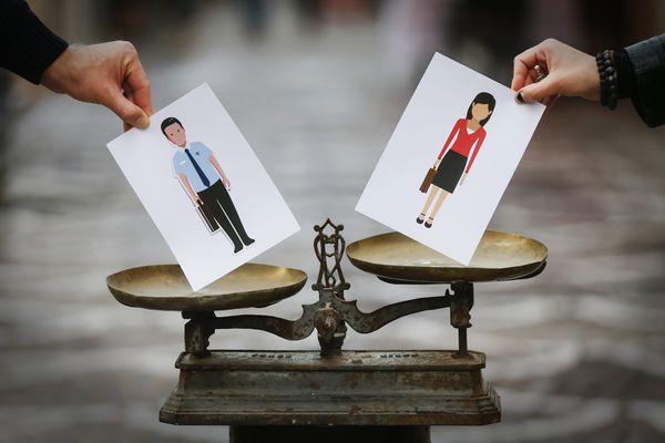 Le document a été adopté jeudi à l'assemblée de Corse. Ce plan d'actions prévoit plus de 80 actions sur trois pour développer l'égalité femmes-hommes au sein de la collectivité de Corse et au sein des politiques publiques.