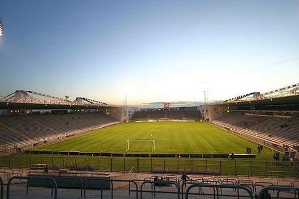 Nîmes - le stade des Costières - archives