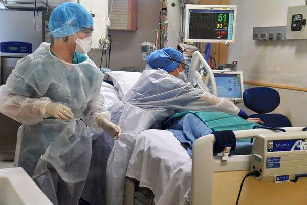 Mercredi 31 mars, il y a 24 patients COVID en réanimation au CHU de Clermont-Ferrand.
