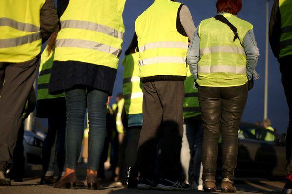 Des manifestants en gilets jaunes lors d'un rassemblement (archives).