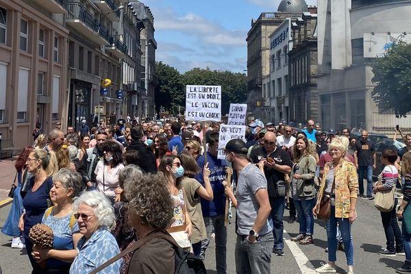 Plus d'un millier de personnes sont rassemblées à Limoges