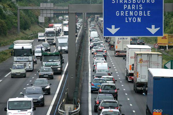 La saturation de l'A46 Sud entraîne déjà en moyenne 5 heures de très fortes perturbations chaquejour, impactant par la suite les autres axes autoroutiers.