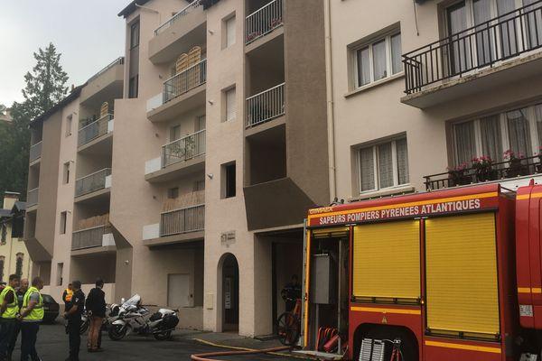 L'incendie a pris dans un appartement situé au 10 rue Richelieu à Pau