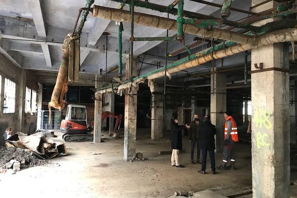 C'est un projet gigantesque qui prévoit la destruction de 17 000m2 d'anciens ateliers !