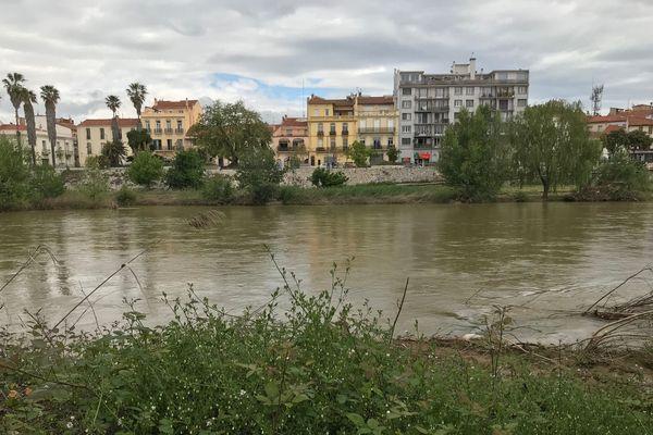 Les eaux encore brunâtres de cette rivière pourtant si belle en temps normal.