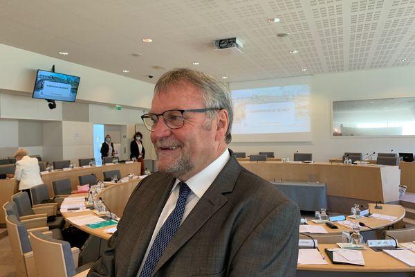 Jean-Claude Leblois, président du conseil départemental de la Haute-Vienne)