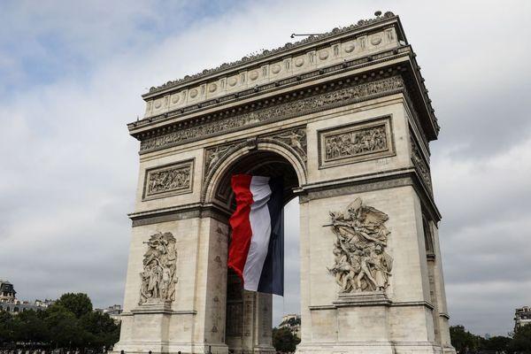 L'Arc de Triomphe a enregistré 1 606 711 visites selon le Centre des monuments nationaux en 2019 (illustration : 14 juillet 2019).