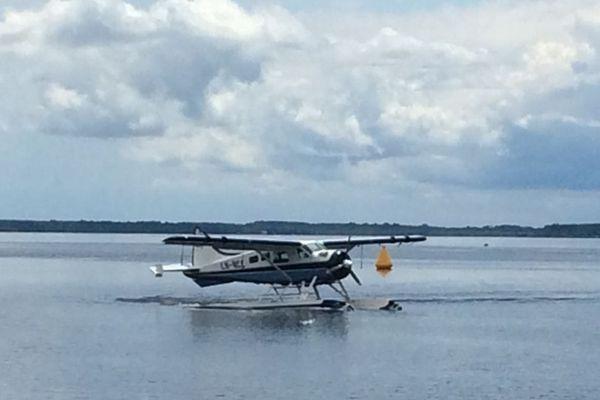Un hydravion sur le lac de Biscarrosse, dans les Landes.