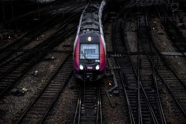 Les nouvelles rames dédiées aux RER D et E auront deux ans de retard, selon un récent audit de la SNCF. Les premières rames devaient arriver sur la ligne D mi-2021.