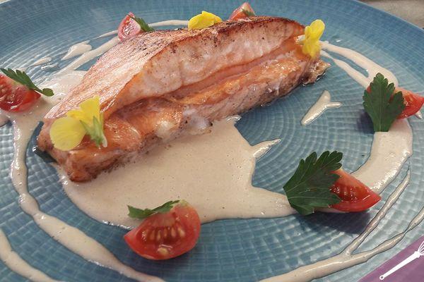 Le duo de saumon, crème à l'ail d'Arleux