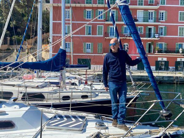 """Olivier Durif est propriétaire de son navire depuis presque 18 ans. """"Mais avant, j'en ai eu d'autres."""""""