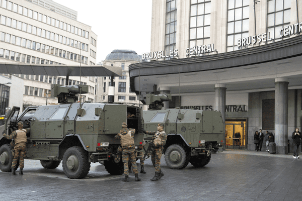 Bruxelles et Vilvorde sont en état d'alerte terroriste maximum depuis samedi 21 novembre 2015.