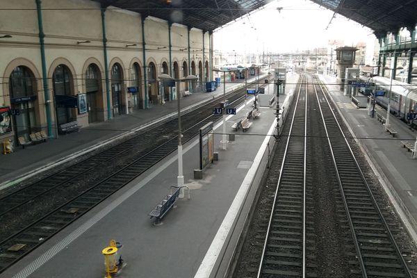 Trafic des TER très perturbé ce mercredi 7 octobre 2020 sur les lignes de l'axe nord de Lyon. Deux grosses pannes ont émaillé la journée.