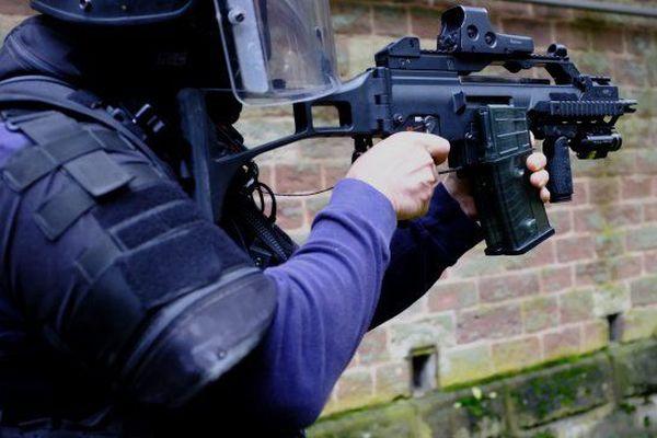 Un policier de la Direction générale de la sécurité intérieure (DGSI) - Photo d'illustration.