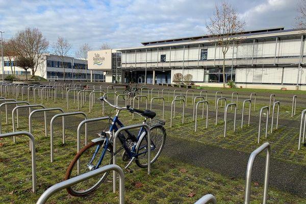 La Tulla Realschule (équivalent d'un collège) de Kehl, déserte, le 16 décembre 2020