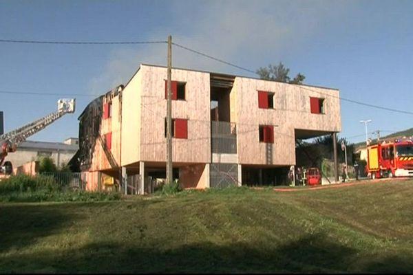 L'incendie criminel de ce foyer d'hébergement avait fait trois victimes.