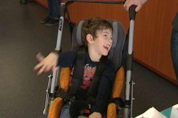 Saverne : le sourire d'Erwan, enfant polyhandicapé au centre d'une zumba géante