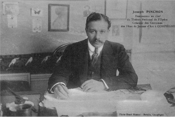 Le père de Bécassine a officié à l'Opéra de Paris en tant que dessinateur en chef.