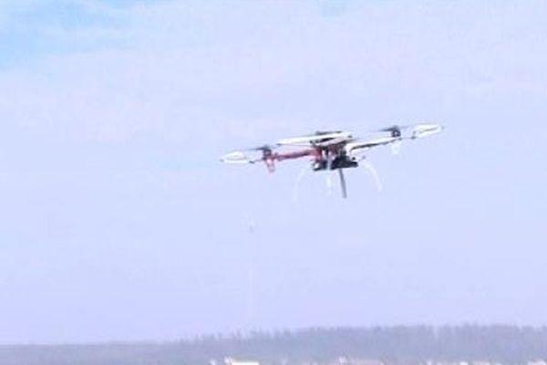 Un drône en vol.