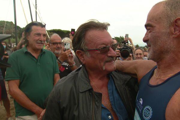 Thierry Corbalan et son sauveur Daniel à son arrivé à Mandelieu