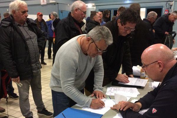 127 salariés ou retraités de la DCNS touchent un chèque de préjudice d'anxiété
