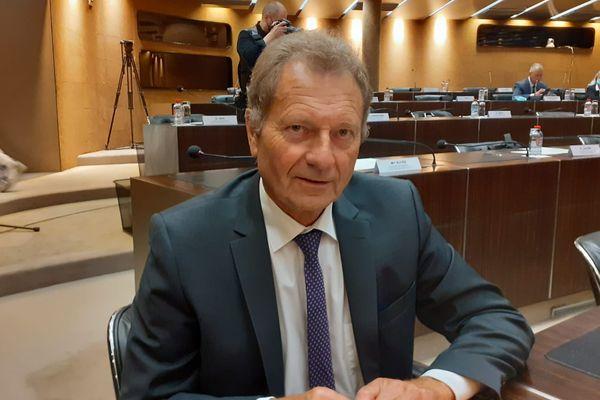 Jean François, candidat à la présidence du conseil départemental de la Moselle, a recueilli 19 voix.