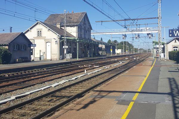 L'avenir de la gare de la Souterraine, dans la Creuse, suscite de nombreuses inquiétudes.