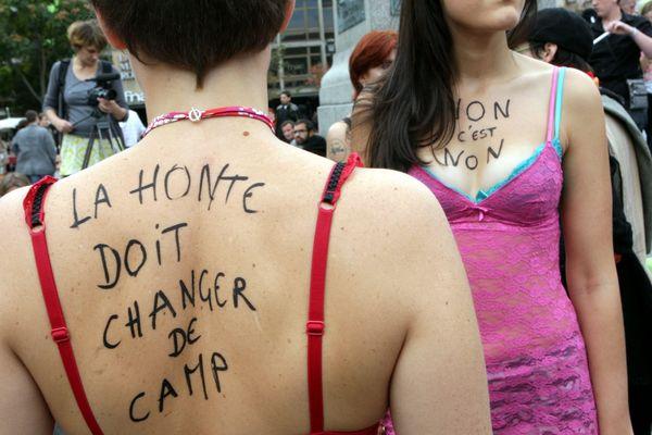"""""""La honte doit changer de camp"""", en 2012, lors de la """"Slut walk"""" de Paris."""