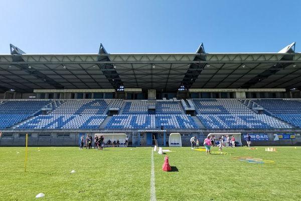 Alès (Gard) - stade Pierre Pibarot - archives.