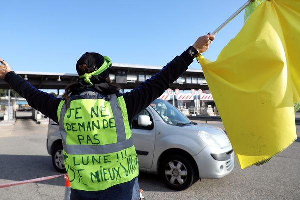 Le péage de la Ciotat occupé par des gilets jaunes en décembre 2018.