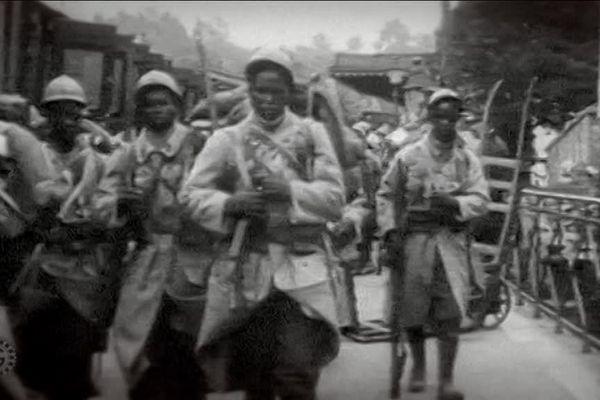Soldats de l'infanterie coloniale