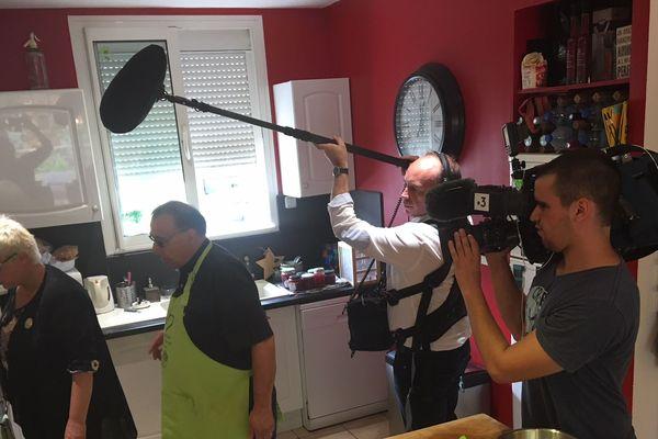 Notre équipe en plein tournage avant la dégustation