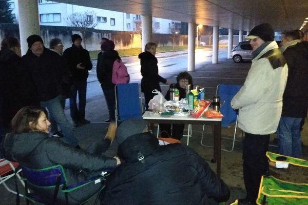 Le piquet de grève des agents du site de Rangueil à Toulouse.