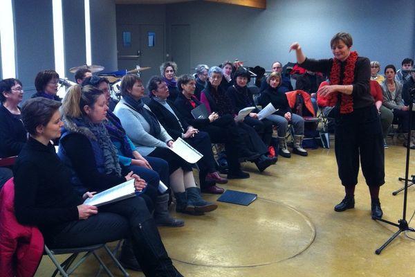 Collectif Citoyen Chanteur de Langres en répétition